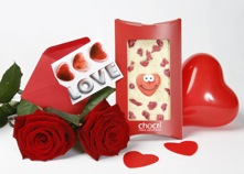 give chocri chocolate for Valentine's Day